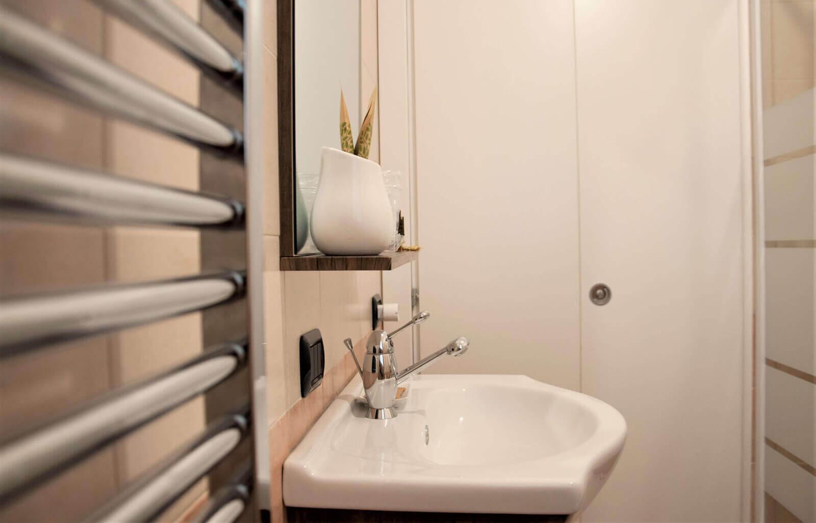 i-colori-del-bosco-casa-vacanze-appartamento-affitto-momo-novara-lago-maggiore-9