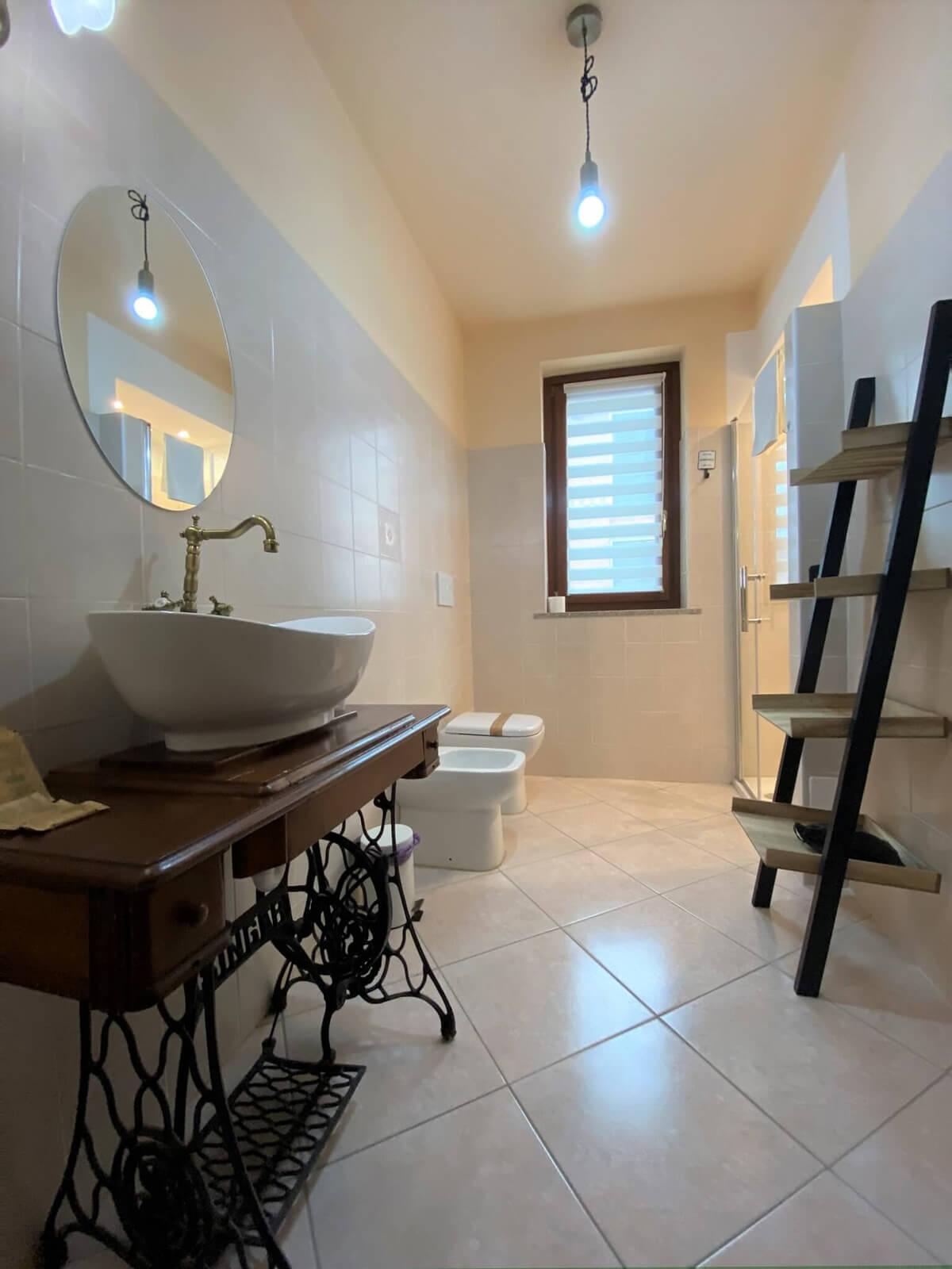 il-sentiero-casa-vacanze-appartamento-affitto-momo-novara-lago-maggiore-11