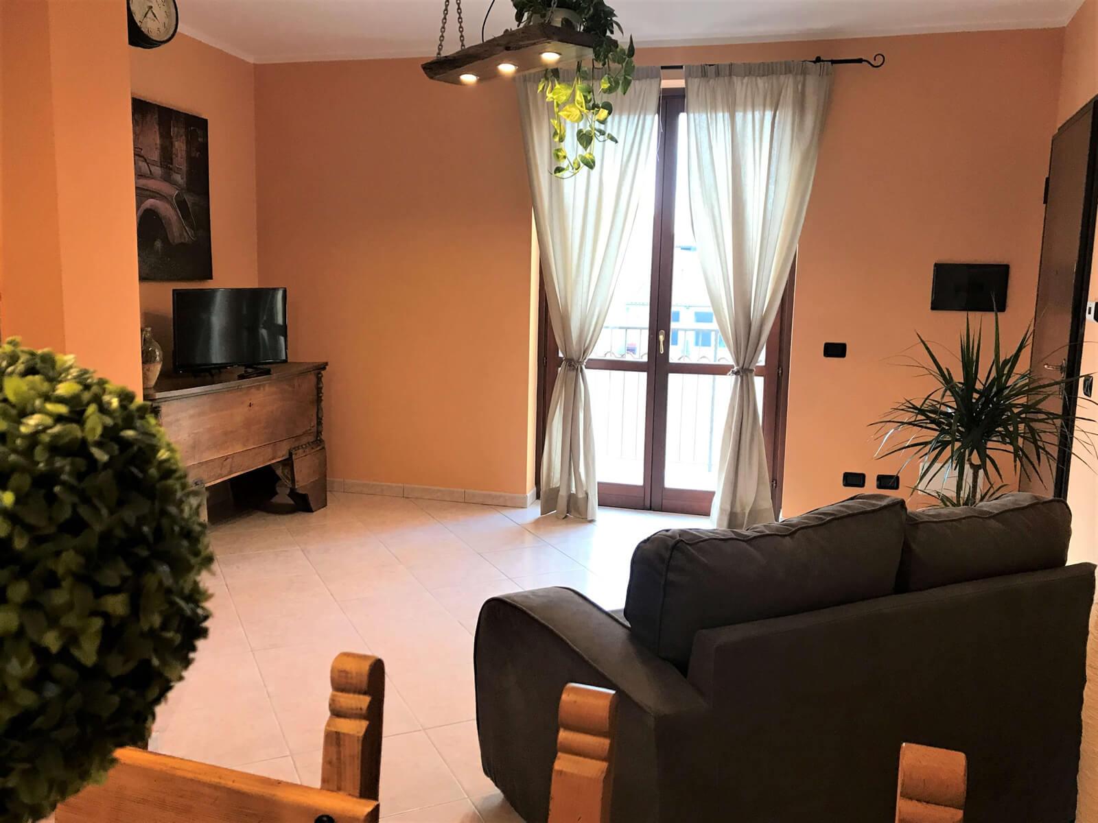il-sentiero-casa-vacanze-appartamento-affitto-momo-novara-lago-maggiore-14