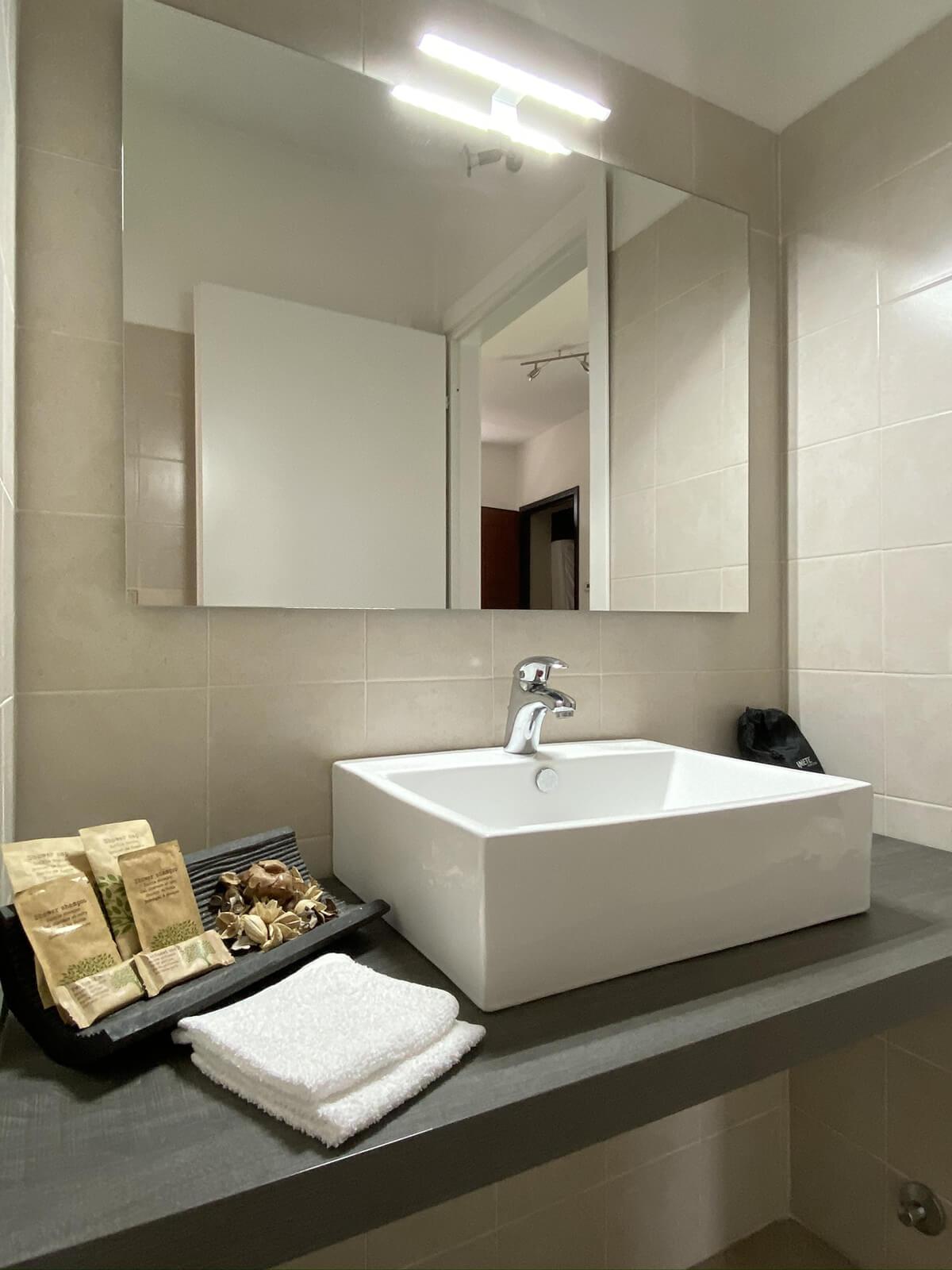 la-frase-casa-vacanze-appartamento-affitto-momo-novara-lago-maggiore-10